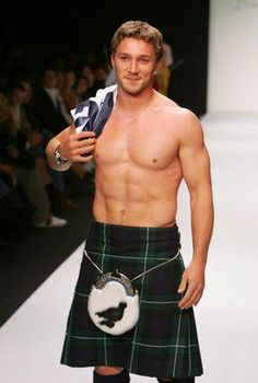 A kilt is, in and of itself, sufficient clothing. And I WANT that raven sporran! (I know, I know... it's probably just some random marking... but to me it looks like a raven sitting sideways, but with it's head looking towards you.)