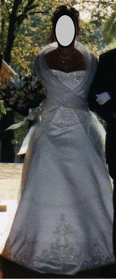 ¡Nuevo vestido publicado!  PRONOVIAS BARCELONA ¡por sólo 500€! ¡Ahorra un 72%!   http://www.weddalia.com/es/tienda-vender-vestido-novia/pronovias-barcelona-2/ #VestidosDeNovia vía www.weddalia.com/es