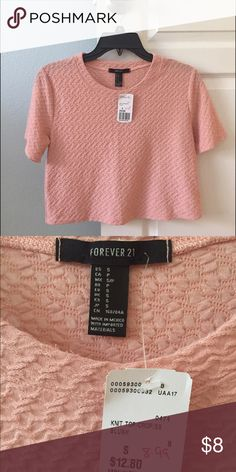 Light pink crop top Top is soft to touch and is gentle with skin. I bought this top and never had the chance to wear it. Perfect for spring or summer. Tops Crop Tops