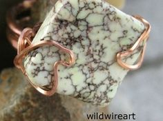 Count the Cost:  A Guide to Pricing Your Jewelry  http://handmadeartists.com/blog/count-the-cost/