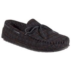 5463c0f68ba Minnetonka Moccasin Casey Flannel Moccasin Slippers for Men - Charcoal  Plaid - 13M  moccasins Moccasins