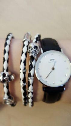 Hjemmelavet armbånd og mit Daniel Wellington ur