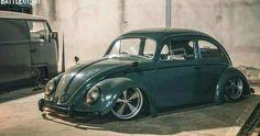 Slammed Vw beetle #volkswagonclassiccars