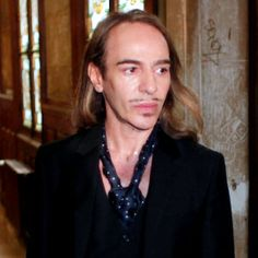 John Galliano is getting a second chance by designer de la Renta to remake his name in fashion. Galliano was a former Christian Dior designer who was fired after having an  anti-Semitic outburst in 2011.