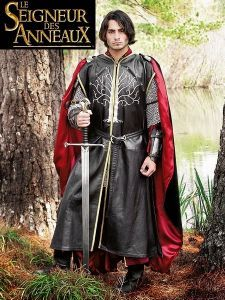 Aragorn Dark Leather Surcoat with Ornament - Medieval Renaissance Clothing, Costumes Aragorn Costume, Knight Outfit, Roi Arthur, Medieval Costume, Medieval Tunic, Renaissance Costume, Medieval Armor, Look Dark, Renaissance Clothing