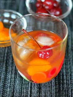Mandarin Orange Old Fashioned Cocktail - wearychef.com