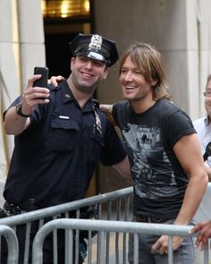 Keith Urban - Keith Urban Performs in NYC I find this picture hilarious for some reason
