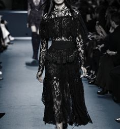 Romantic Period, Romantic Look, Elie Saab Fall, Couture Outfits, Gothic Outfits, Back To Black, Gothic Fashion, Sequin Skirt, Fall Winter