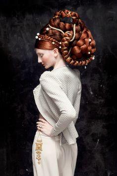 Isabelle Chapuis | Photographer : Concept, Fashion | LN'B, Agent de photographes
