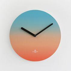 #OBJECTCLOCK_BLUE-ORANGE #OBJECTCLOCK #BLUE-ORANGE #CLOCK #color #gradation #secondmansion #design #세컨드맨션 #오브젝트클락 #시계 #벽시계 #그라데이션 #디자인 #디자인문구