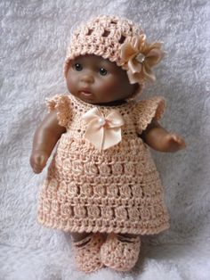 Crochet pattern for Berenguer 5 inch baby doll  by petitedolls, £2.50