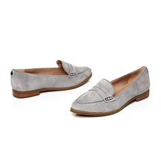 Emico: Grey suede pointed flat penny loafer http://www.modainpelle.
