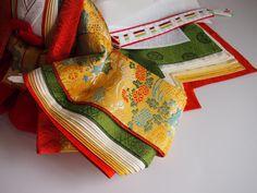 ひいなブログ 十二単について Heian Era, Japanese Colors, Kimono Design, Asian Doll, Period Costumes, Japanese Outfits, Hanfu, Japanese Culture, Washi