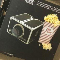 Holt das Popcorn raus!  Unser neuer Beamer/Projektor ist da und in den nächsten Tagen werdet Ihr mehr erfahren, was in dieser Wunderbox steckt.   #Beamer #home #cinema #diy #Smarphone #projector #gadget