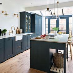 Our Suffolk kitchen, hand-painted in Charcoal, as featured in this month's EKB. Our Suffolk kitche Kitchen Remodel, Kitchen Decor, Modern Kitchen, Open Plan Kitchen Living Room, New Kitchen, Kitchen Diner, Home Kitchens, Kitchen Renovation, Kitchen Design