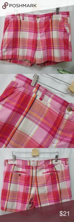 "Old Navy Plus Size Plaid Shorts 16 In excellent used condition. Pink plaid shorts from Old Navy. Size 16. 42"" waist, 6"" inseam, 11"" rise. All measurements are approximate. Old Navy Shorts"