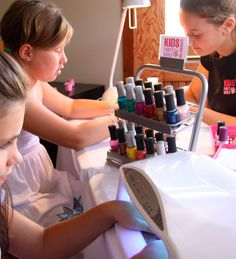 About Kids Party Nails