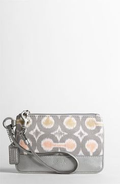 coach wristlet,cheap coach handbags china ,cheap wholesale designer handbags china,cheap wholesale designer bags hub.