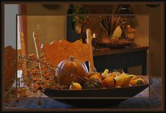Thanksgiving coffee table decor