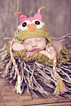 Cute idea for baby photos...