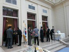 Servicio embajada de Corea del Sur