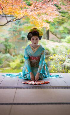 Geisha Samurai, Art Geisha, Geisha Japan, Kimono Japan, Japanese Kimono, Japanese Girl, Yukata Kimono, Japanese Beauty, Asian Beauty