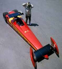 Barry Setzer monocoque Dragster - 1963 - 1970 - Attempting to use aerodynamics to be quicker and faster