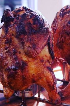 Just a couple of smoked chickens sittin' on a can. They be delicious! Smoked Beer Can Chicken, Canned Chicken, Barbecue Chicken, Grilled Chicken, Can Chicken Recipes, Smoke Grill, Smoking Recipes, Smokehouse, Smoking Meat
