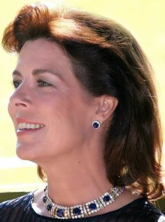 Tiara Mania: Sapphire Necklace Tiara worn as a necklace by Princess Caroline of Monaco Royal Crown Jewels, Royal Crowns, Royal Tiaras, Royal Jewelry, Tiaras And Crowns, Andrea Casiraghi, Charlotte Casiraghi, Grace Kelly, Beatrice Borromeo