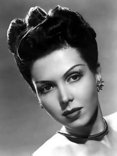 Photo of Ann Miller for fans of Classic Movies 9477964 Golden Age Of Hollywood, Vintage Hollywood, Hollywood Stars, Classic Hollywood, Betty Garrett, Anne Francis, Ann Sheridan, Ann Miller, Old Movie Stars