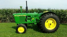 1962 John Deere 3010 presented as lot F106 at Davenport, IA 2015 - image1