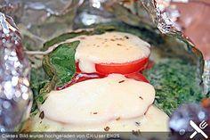 Lachs mit Spinat und Mozzarella in Alufolie