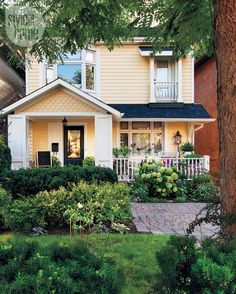 Such inviting and homey beautiful yard!