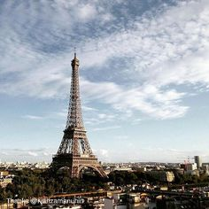 Trust us, it's even better in person. Thanks for sharing your #view from #ShangriLa #Paris with us, @ivanzamanuhin!