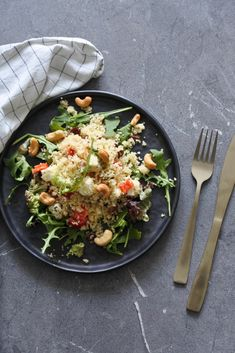 Couscous salad with feta - Couscous salad with feta salad recipes Salad healthy Couscous Recipes, Healthy Salad Recipes, Healthy Snacks, Vegetarian Recipes, Brunch Bar, A Food, Lunch Wraps, Jambalaya, Lunch Ideas