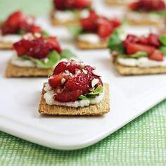 Strawberry Ricotta Bites - an easy summer snack idea.