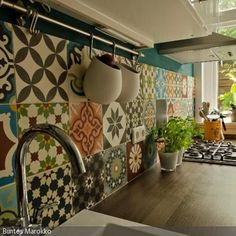 Kitchen pictures: How to plan your dream kitchen! – Kitchen decor ideas - Home Decor ideas Kitchen Tiles, Kitchen Decor, Sweet Home, Plafond Design, Kitchen Pictures, Style At Home, Home Fashion, Home Projects, Home And Living