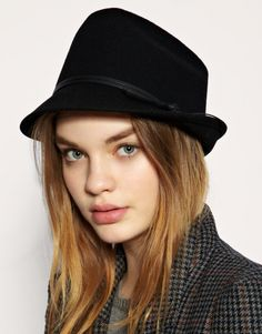 Add something special to your look with these stylish hat trends in 2011.