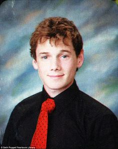 Anton Yelchin Senior Year 2007 Center for Enriched Studies, Sherman Oaks, CA Credit: Seth Poppel/Yearbook Library Comments comments New Star Trek Movie, Star Trek Movies, Star Trek Chekov, Anton Yelchin, High School Photos, Star Trek Into Darkness, Zachary Quinto, Yearbook Photos, Karl Urban