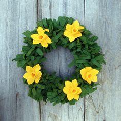 felt daffodil wreath.  love it
