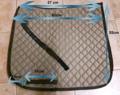 everything about the horse: Dressurschabracke self-sew Horse Saddle Pads, Horse Saddles, Diy Manta, Horse Shop, Horse Ears, Diy Accessoires, Horse Fashion, Horse Accessories, Horse Pattern