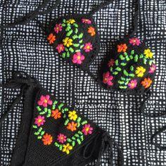 Kembang embroidered bikini / andi bagus