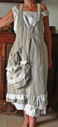 would be lovely with a modest blouse... i love the purse-like pocket