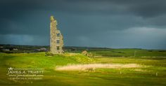 Dough Castle ruins at #Lahinch Golf Club in County Clare.