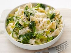 Bow-Tie Pasta With Broccoli and Potatoes