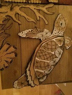 Cardboard turtle art Sculpture Lessons, Sculpture Projects, Sculpture Art, Cardboard Sculpture, Cardboard Art, Middle School Art Projects, Art School, Cardboard Relief, Decoration Creche