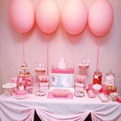 Another cute idea Pink Princess Party, Princess Birthday, Princess Theme, Big Balloons, Round Balloons, Jumbo Balloons, Balloons Galore, Candy Buffet, Dessert Buffet