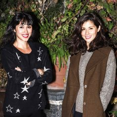 When the sun is getting colder, autumn is coming - it's important to be prepared! Sisters Melissa and Jasmine Hemsley, the newest foodie stars from Britain, about simple things that make us feel good. Melissa Hemsley, Hemsley And Hemsley, Jasmine Hemsley, Look After Yourself, Nice To Meet, Winter Looks, Chocolate Chip Cookies, Healthy Recipes, Healthy Food