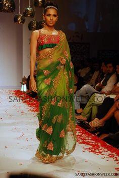 nivedita_pune_fashion_show-5.jpg (688×1024)