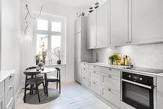 Bilder, Kök/matplats, Runt bord, Marmor, Trägolv, Modernt, Grå - Hemnet Inspiration